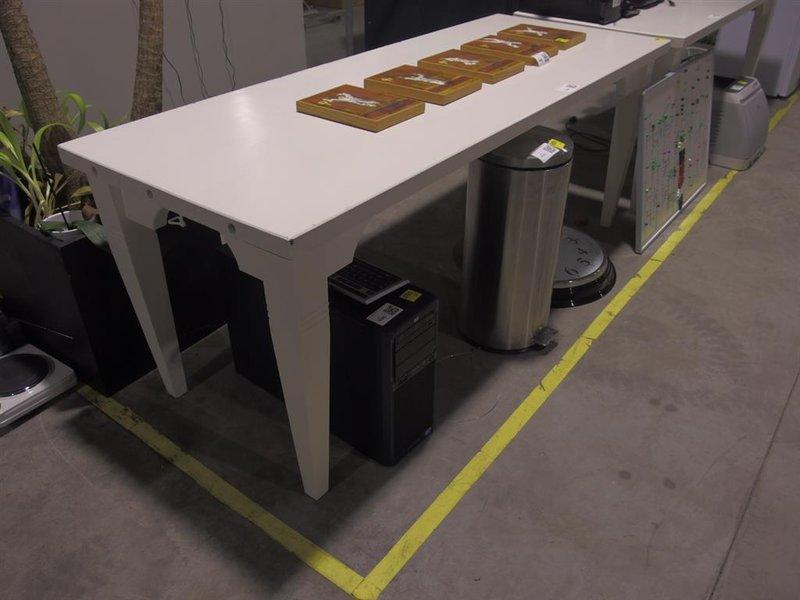 Massief Houten Tafel : Massief houten tafel kleur wit afmeting lxbxh ca cm