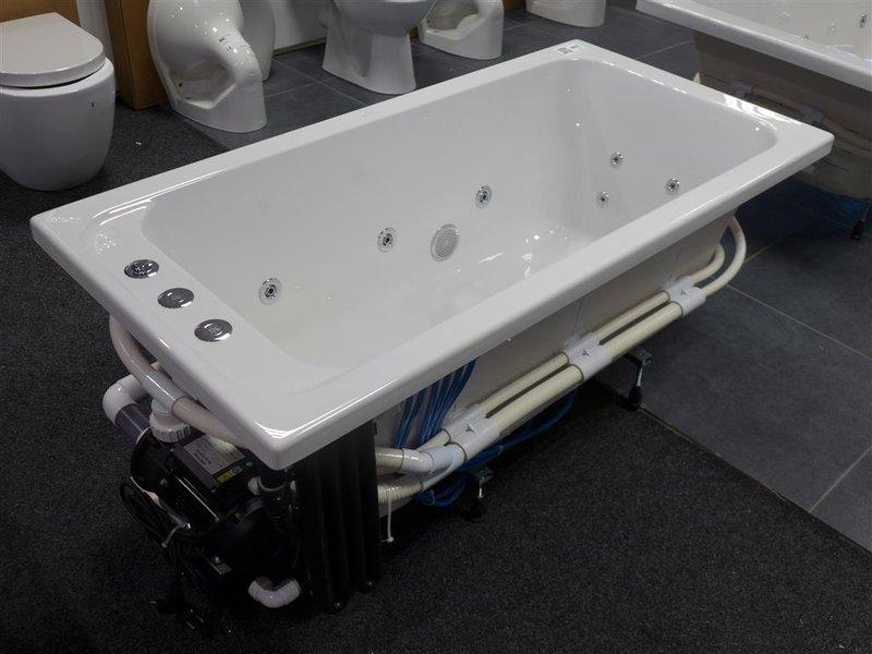 whirlpool villeroy en boch afm ca 140x70cm. Black Bedroom Furniture Sets. Home Design Ideas