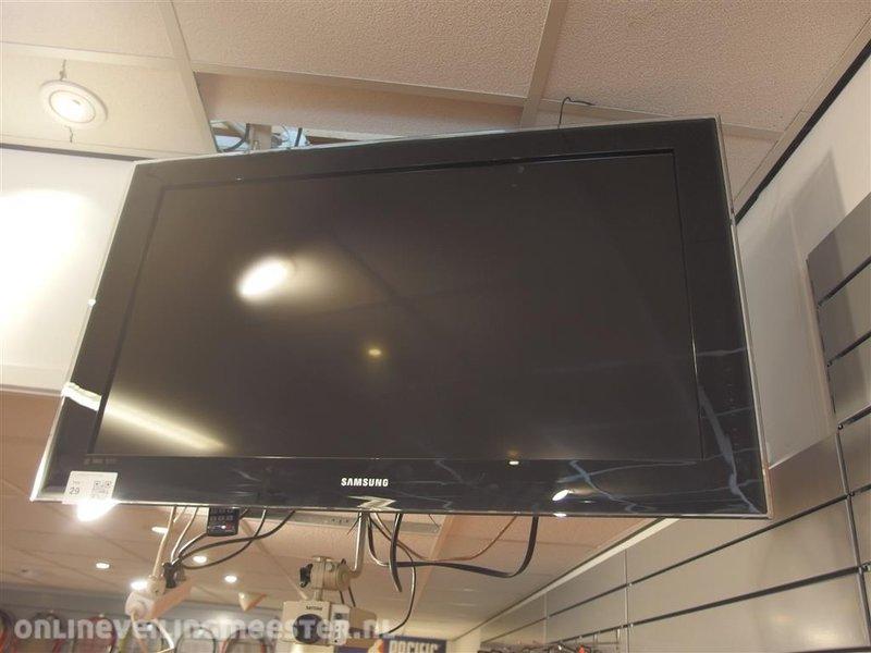 Tv In Muur : Hd tv samsung type le b r p met voet en muur beugel