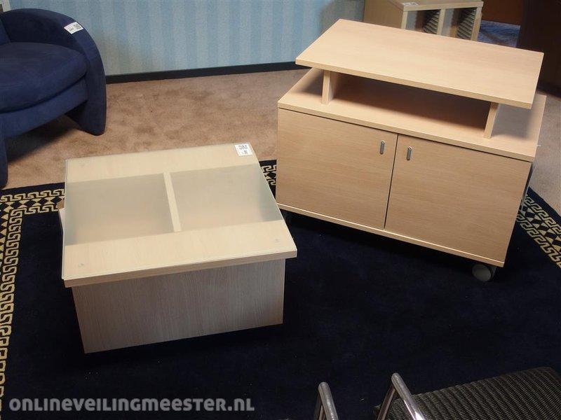 Verrijdbare Tv Kast : Tv kast londen hout decor verrijdbaar deur hxbxd ca