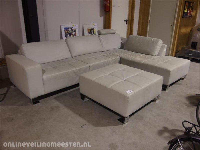 Gecapitonneerde hoekbank met longchair home gt hoekbanken stoffen hoekbank isabelle hoek luxe - Converteerbare hoek ...