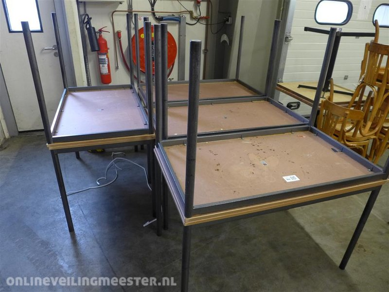 Tafel Metalen Onderstel : Tafel metalen onderstel houtlook lxbxh ca cm
