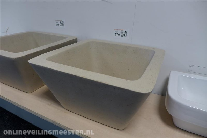 Wastafel kom afm. ca. 40x40x21cm zandkleurig onlineauctionmaster.com