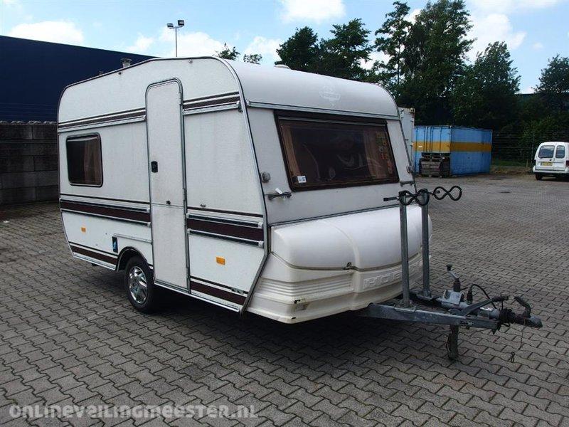 Caravan Hobby, 360, bouwjaar 1985 - Onlineveilingmeester.nl