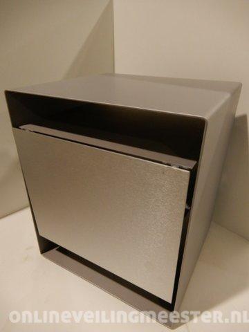 Tv En Audio Kast.Tv Audio Kast Loewe Cube I Grijs Onlineveilingmeester Nl