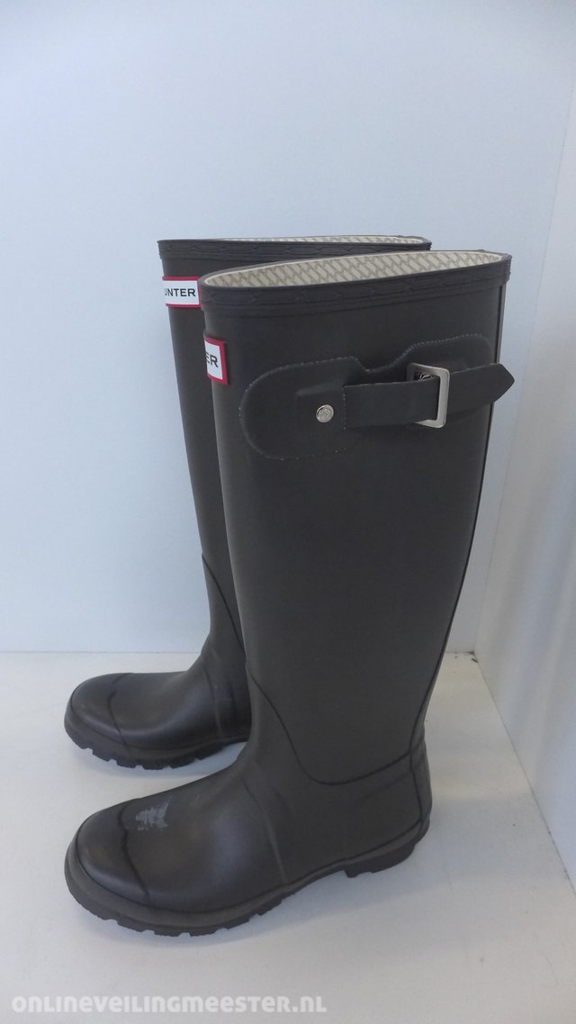 reputable site 91ea8 bc88b 2 pair of Boots Hunter, Regent ST James Canvas and Original Tall Chocolate