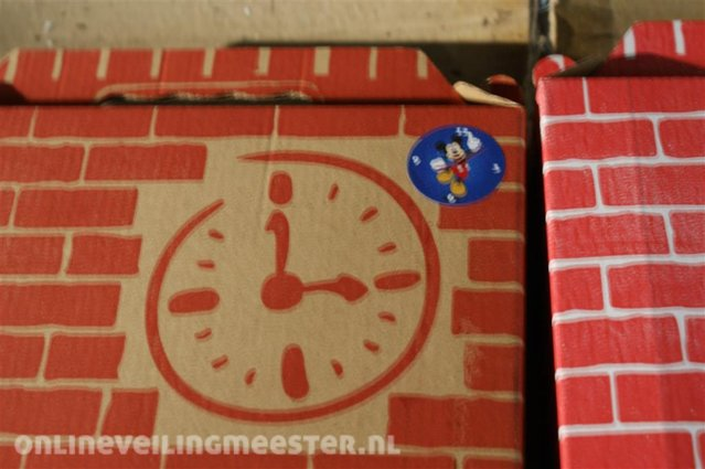 Approx  20x Create your own wall clock of sand Red Castle, The Little  Mermaid / Mickey Mouse