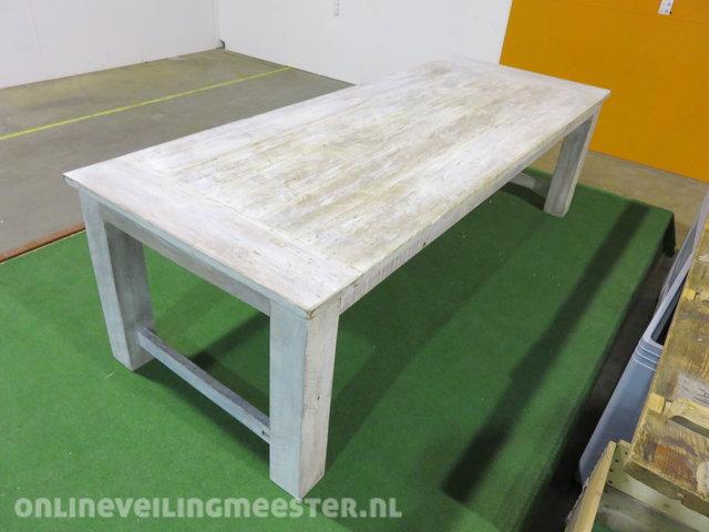 Massief Houten Tafel : Massief houten tafel onlineauctionmaster