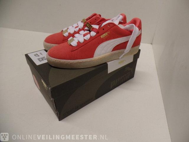 buy popular 4ef8b b6650 Pair of sneakers Puma, Suede Classic Bboy Fab, Red Dahlia