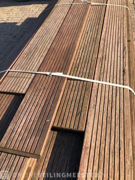30M2 Bamboo decking, brown