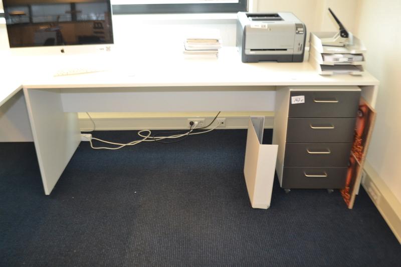Bureau afm lxbxh ca 200x80x76cm met ladenb for Ladenblok op bureau