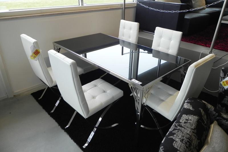 6x Eetkamer stoelen, wit artificial leer op RVS onderstel ...
