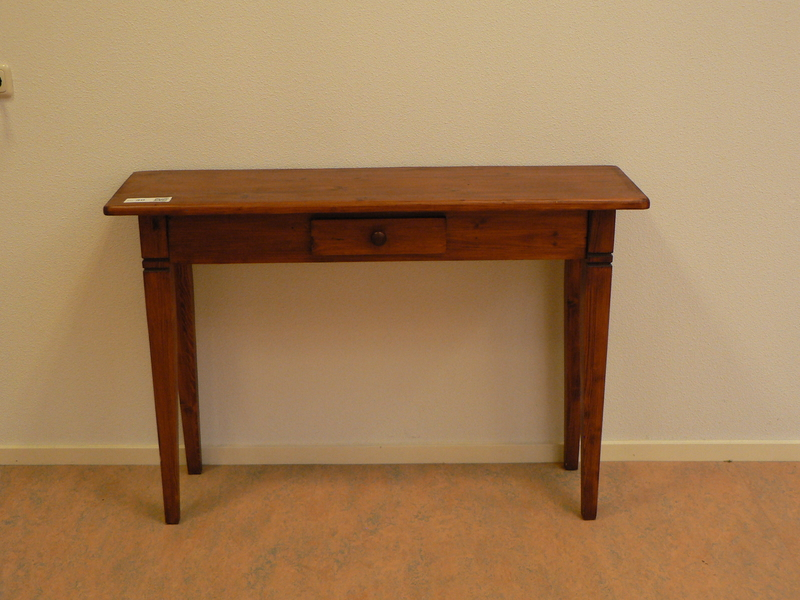 Side Table Donker Hout.Side Table Met Lade In Donker Gebeitst Blank Hout Afm Bxhxd Ca 119x82x35cm