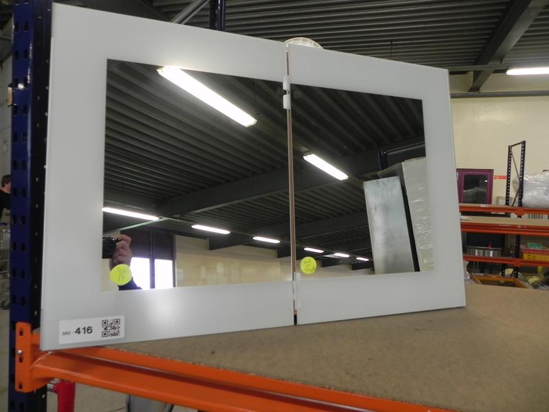 Badkamerkast 90x60 cm met spiegel en stopcon for Spiegel 90x60