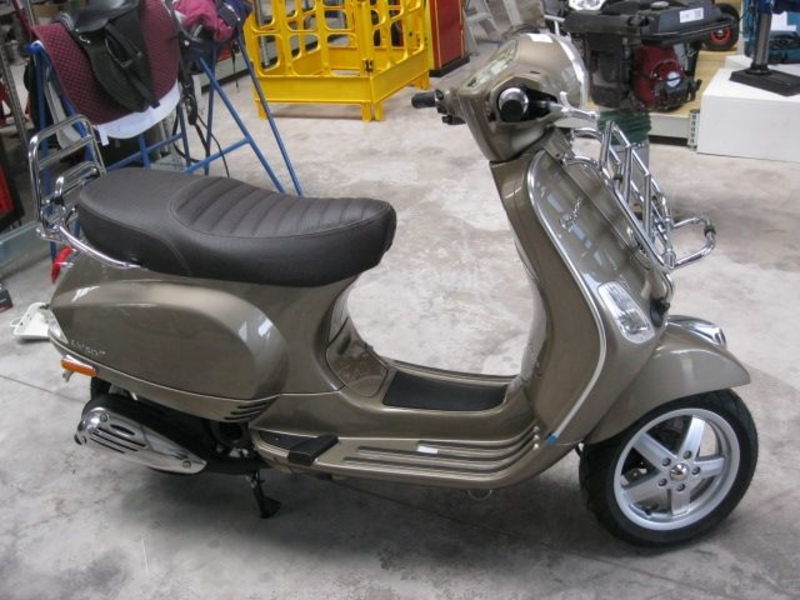 scooter vespa lx 50 4t brons 4 tact 25km. Black Bedroom Furniture Sets. Home Design Ideas