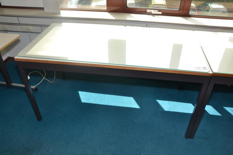Tekentafel inclusief glazen plaat en lichtbak afm lxb for Glazen plaat