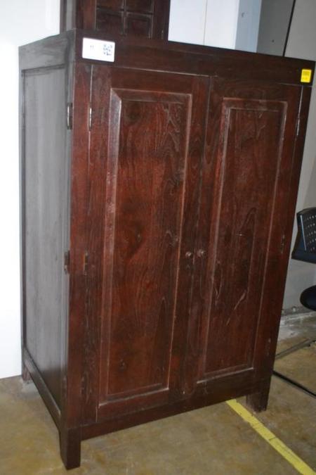 Teakhouten kast met 2x deur donkere kleur for Teakhouten kast