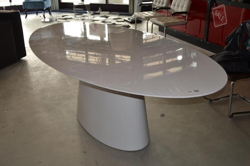 Eetkamertafel, ovaal, hoogglans wit - Onlineveilingmeester.nl