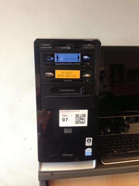 Computer HP, Pavillion PC A6000, met Packard Bell monitor, toetsenbord en  muis