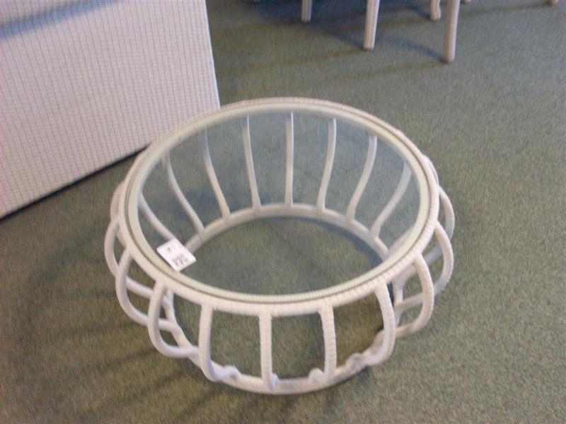 Bijzettafel gevlochten met glazen plaat doorsnede ca 90cm for Glazen plaat