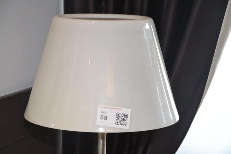 21x Bureaulamp Inspiratie : Staande lamp industrieel glas: staande lampen van subtiele vloerlamp