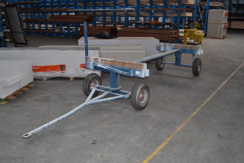 Transportkar op luchtbanden