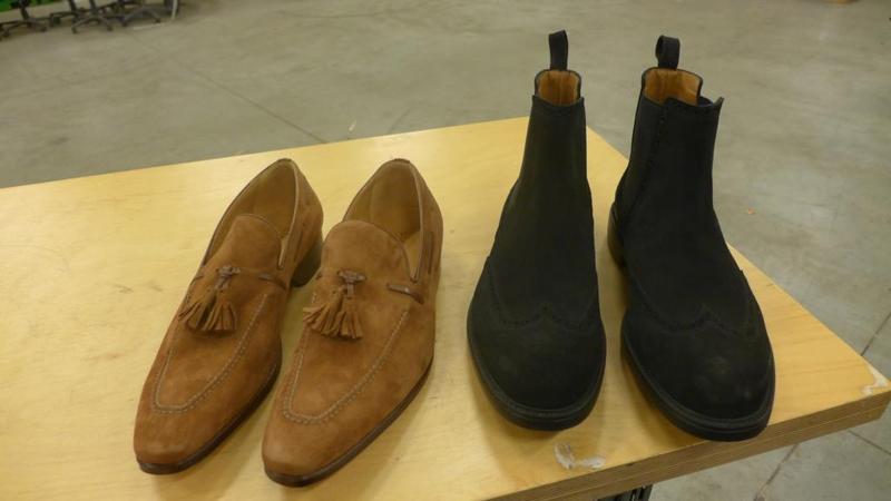 ac91d717f15 2 Paar herenschoenen, maat 43/9, winkelwaarde ca. 650 euro ...