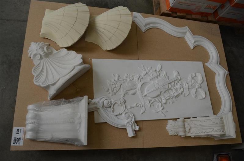 Inhoud van pallet waarvan 9x decoratie van g - Decoratie gips corridor ...