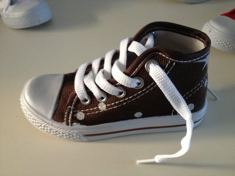 Kinderschoenen 29.Ca 50x Paar Kinderschoenen Kleuren Zwart Rood Wit Blauw Bruin