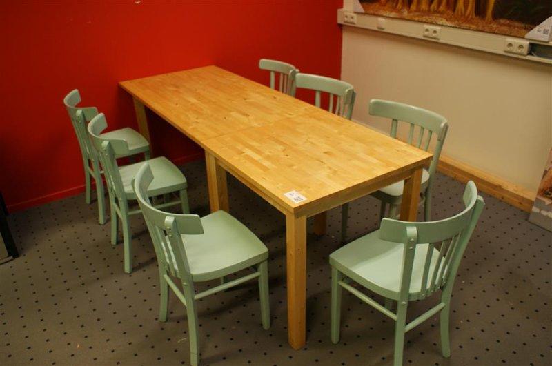 8 Persoons Tafel : Welke afmeting moet mijn eetkamertafel hebben voor aantal personen