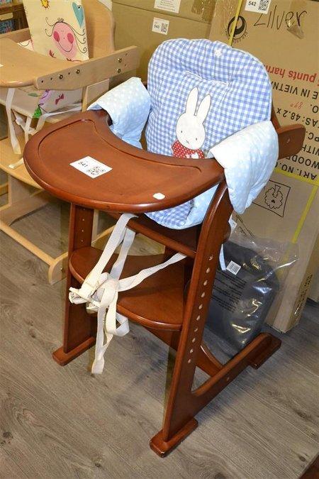 Stoelverkleiner Voor Kinderstoel.Meegroeistoel Kinderstoel Tiamo Hout Kleur Zilver Incl Eetblad