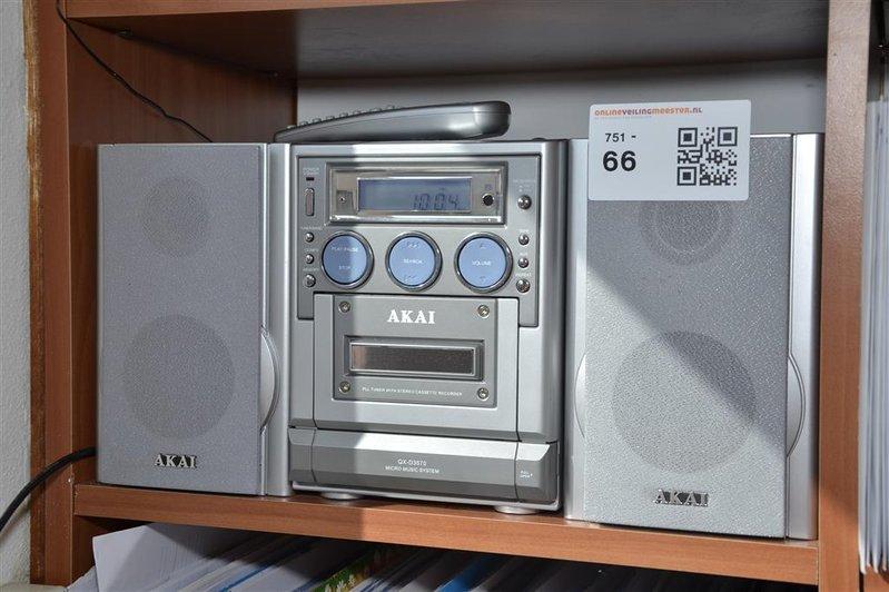 Ongekend Micro music system Akai, type QX-D3570, inclusief MV-51
