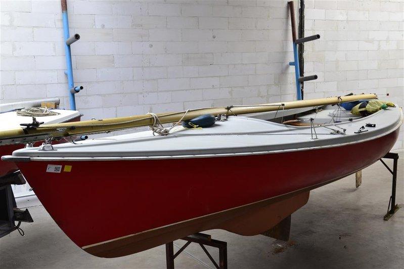 Wonderbaarlijk Open zeilboot Randmeer, zeilnummer 255, voorzien van ophaalbaar UE-77