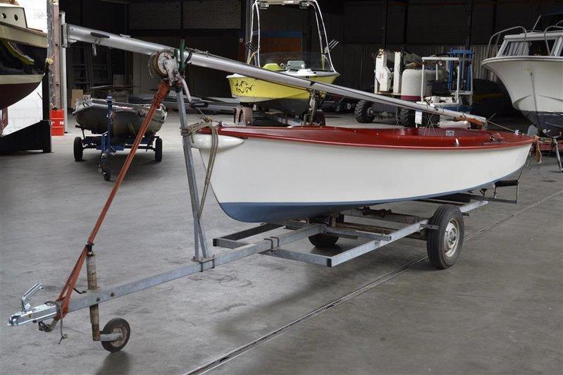 Onwijs Open zeilboot Flying Arrow, type Schakel, afm. lxb ca. 480x180cm JJ-36