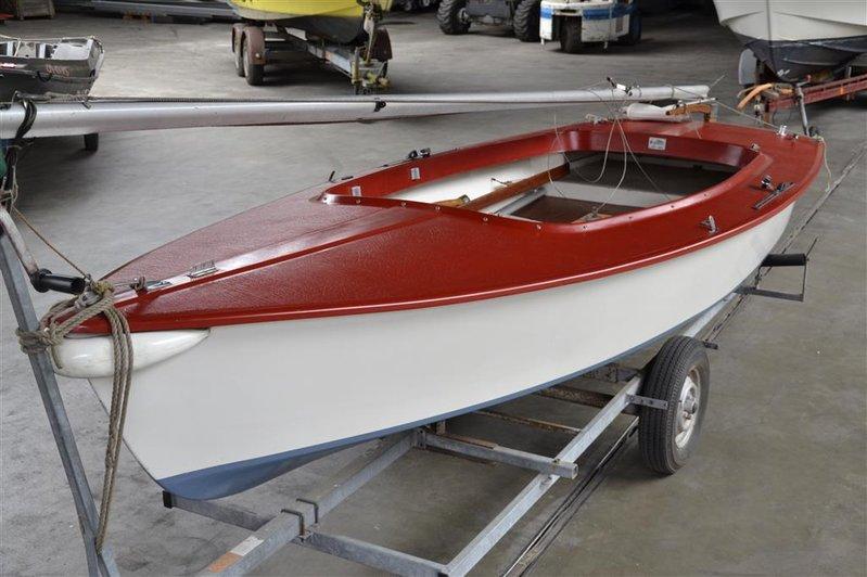 Fonkelnieuw Open zeilboot Flying Arrow, type Schakel, afm. lxb ca. 480x180cm ZM-98
